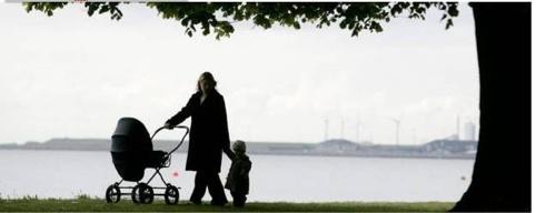 modir med barnvagn